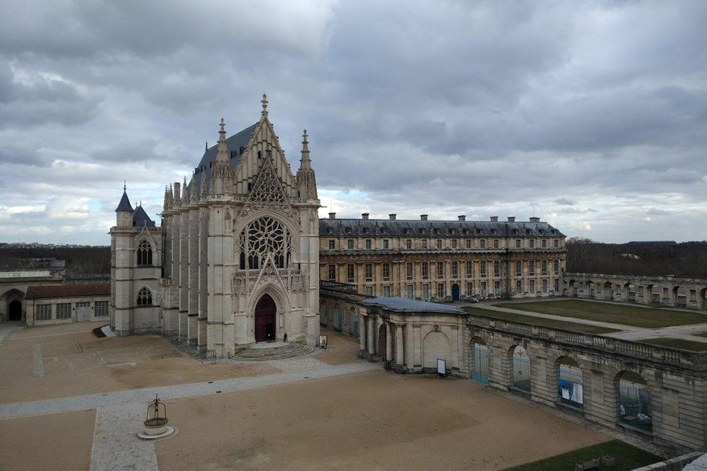 Sainte-Chapelle de Vincennes, vue depuis le donjon.