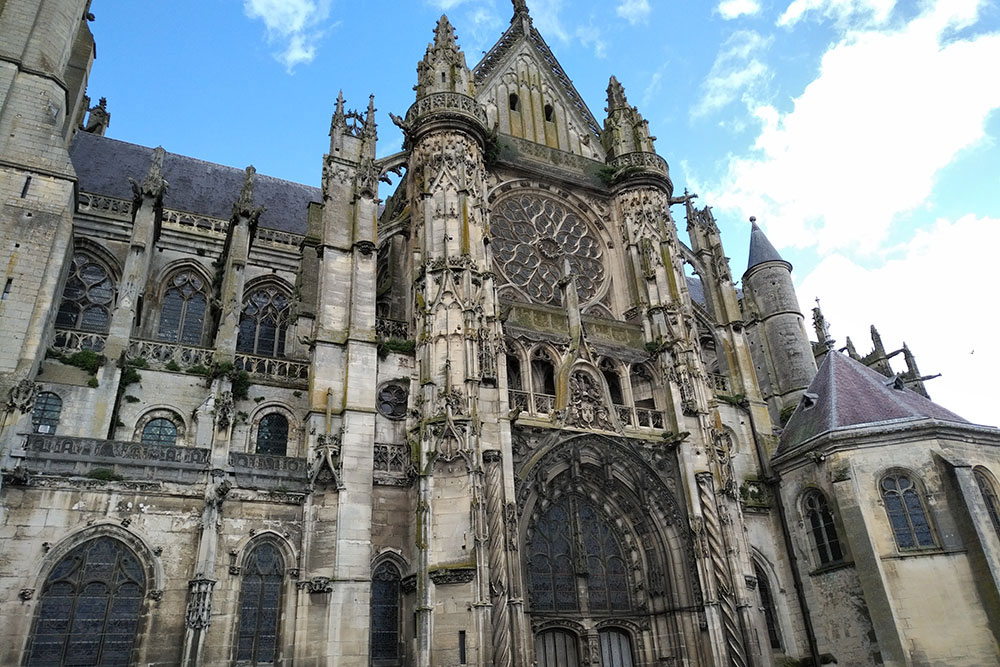vue d'ensemble de la cathédrale Notre-Dame de Senlis